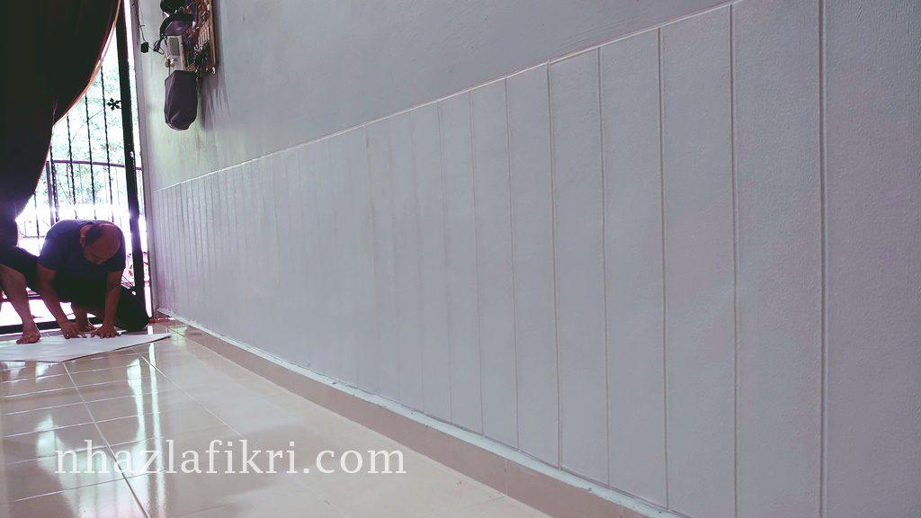 DIY Pasang wallpaper pattern kayu