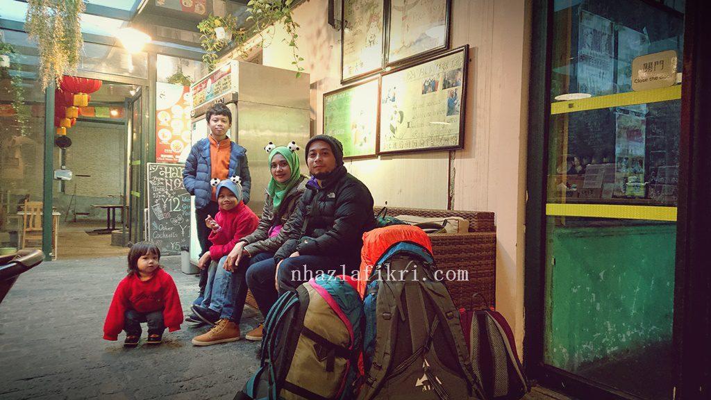 Orang Malaysia menginap di Mrs Panda Hostel, Chengdu