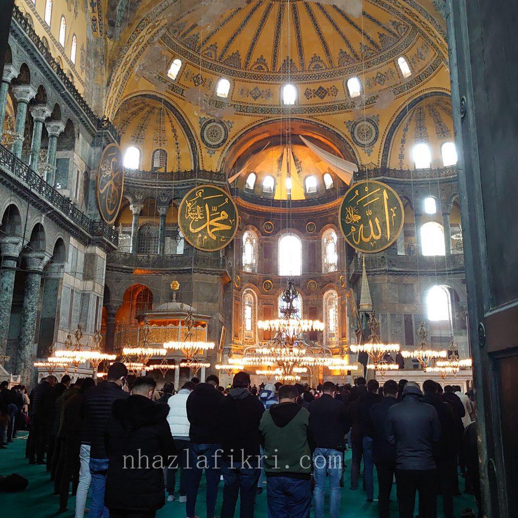 Pertama kali solat di Masjid Hagia Sophia